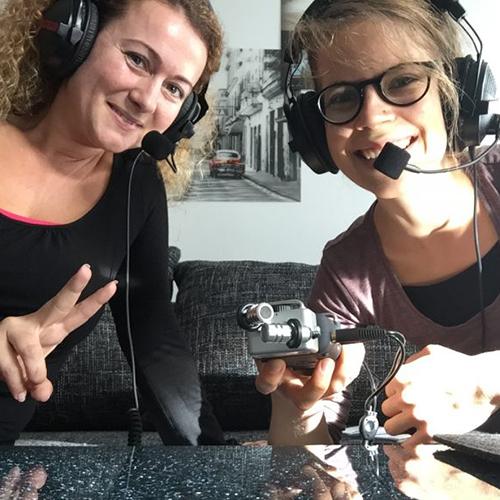Anita Pajic und Maria Wegenschimmel beim Interview